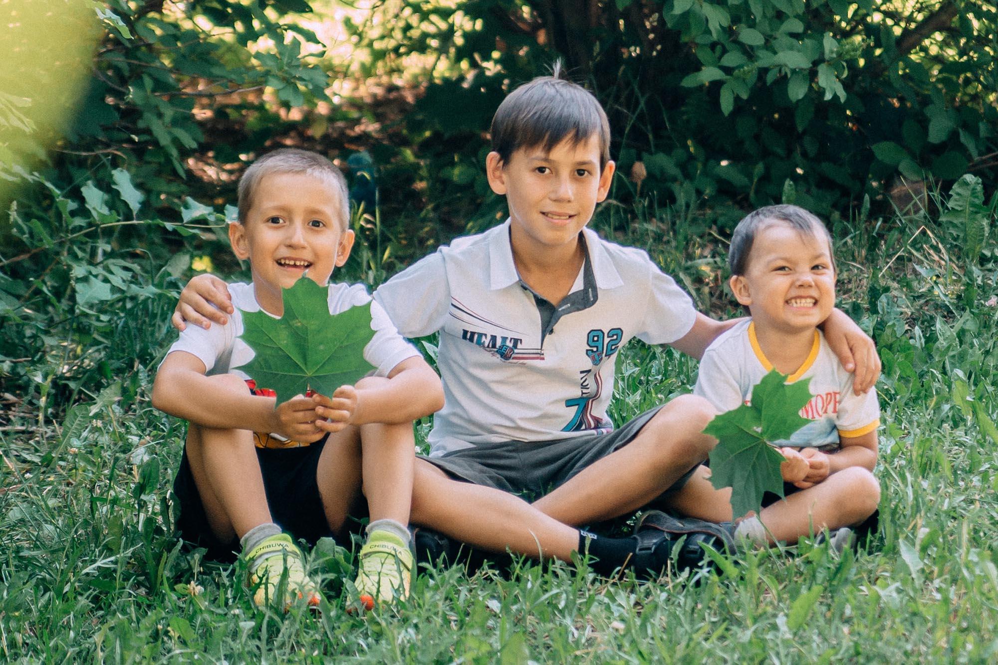 Владимир, Леонид и Глеб Наумовы